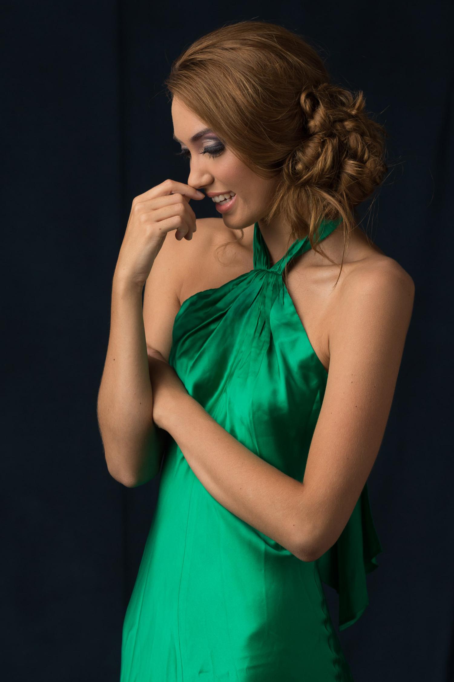 Modern Green Goddess Model